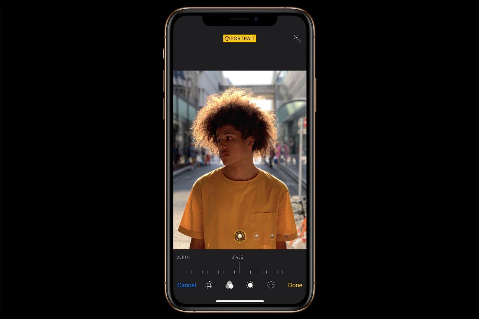 4423233 Apple iPhone Xs