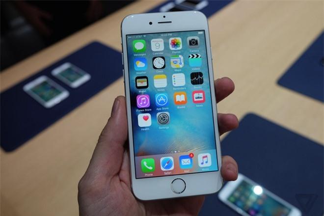 Nam 2021 khach hang Viet khong nen mua cac mau iPhone duoi day 4