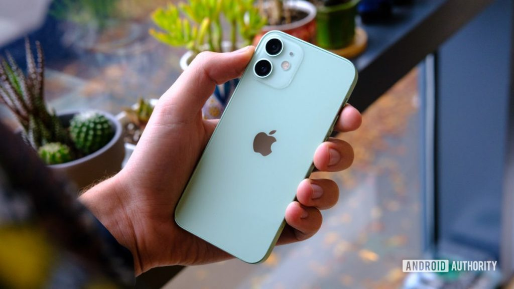 iPhone 12 Mini Giảm Mạnh Tại Việt Nam